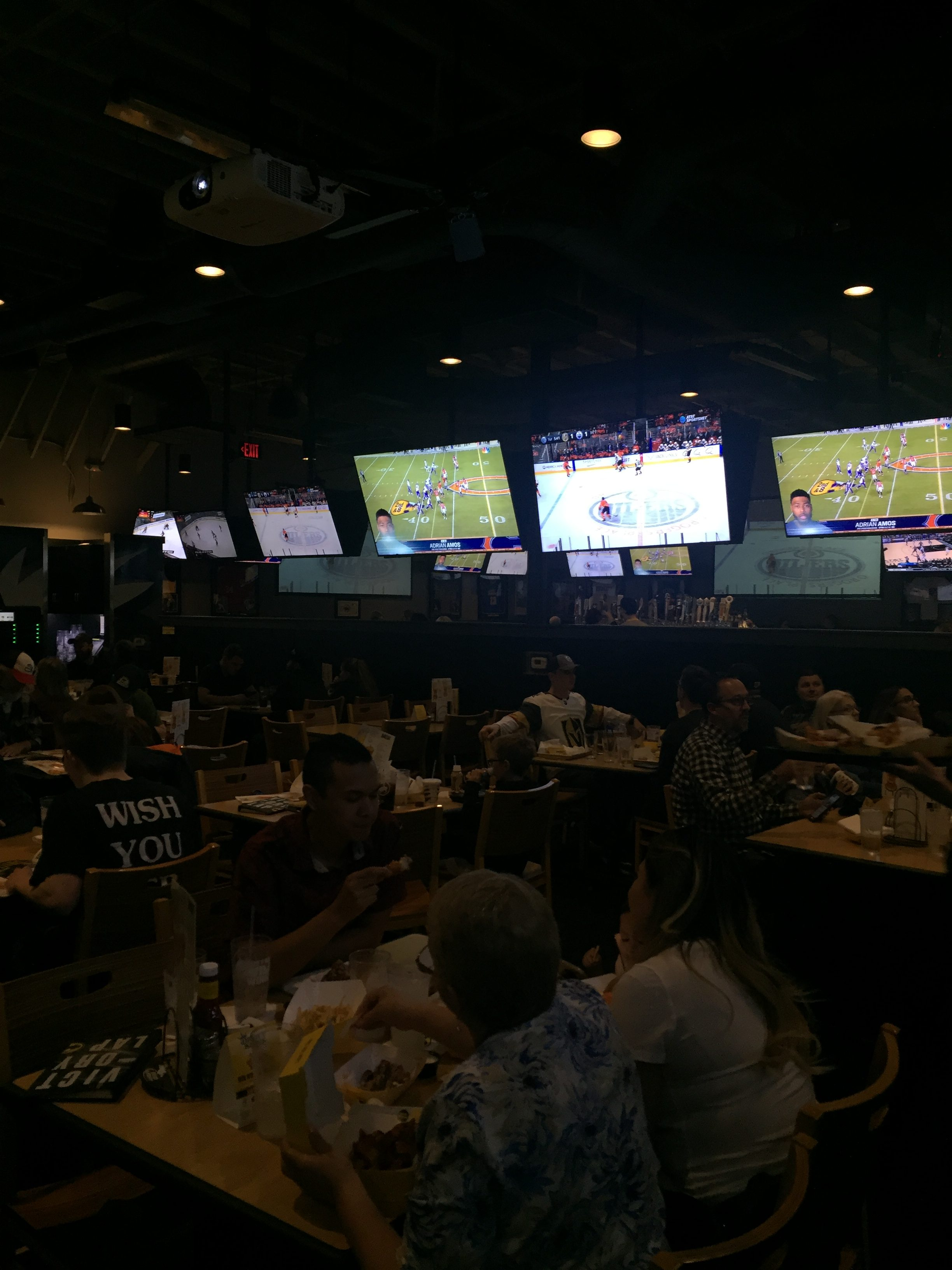 Family-Friendly VGK Watch Party: A Review of Buffalo Wild Wings
